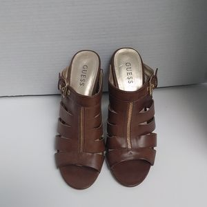 👠👠👠 Brown Genuine leather sandals by Guess